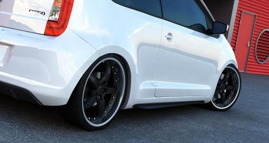 MINIGONNE LATERALI SKODA CITIGO GTI Look ABS